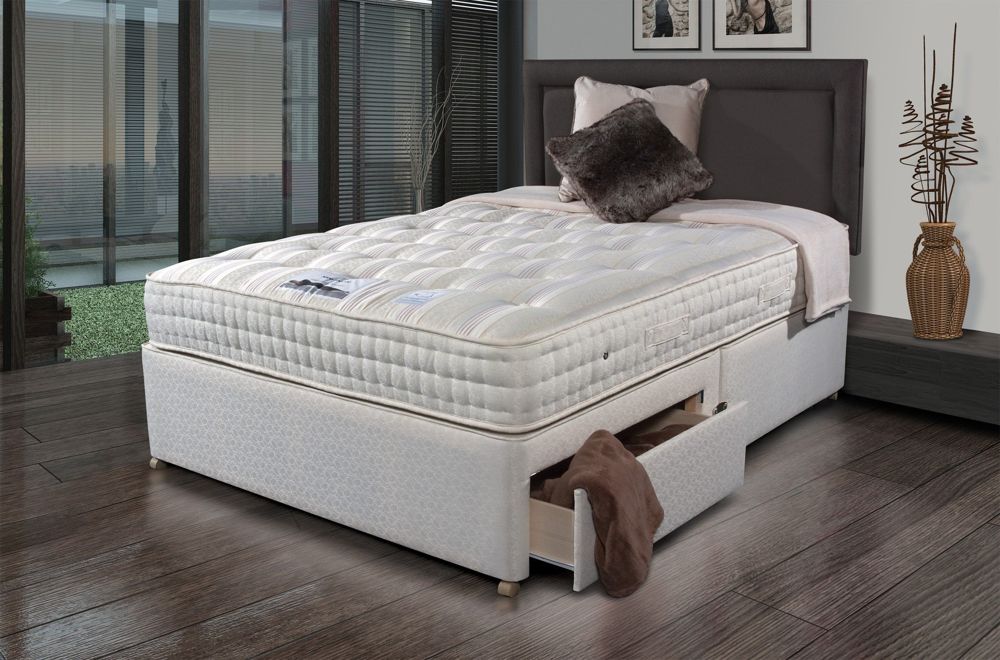 Sleepeezee new backcare luxury 1400 divan set online bed for New single divan beds